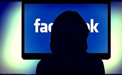 spiare-dipendente-facebook